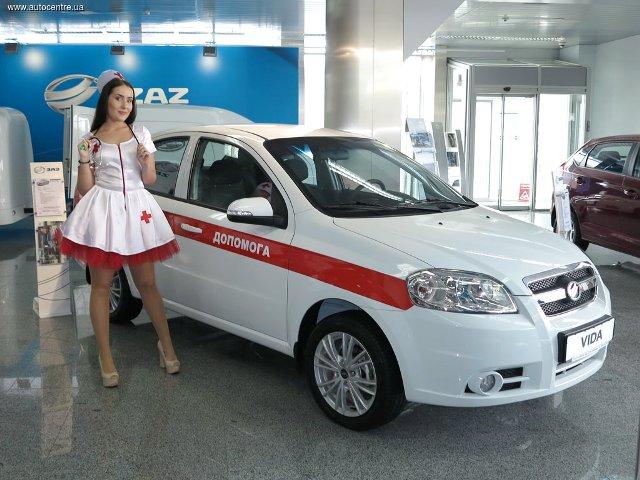 zaz-pokazal-novye-avtomobili-dlya-politsii-i-medikov-video_1